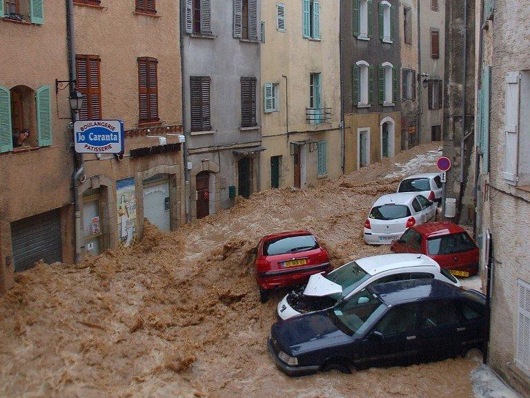 Inondation dans le Var en 2010 (© S. Renou)
